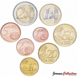 ITALIE - SET / LOT de SET / LOT de 8 PIECES de 1 2 5 10 20 50 Cents 1 2 Euro - 2002