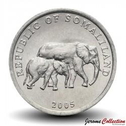 SOMALILAND - PIECE de 5 Shillings - Elephant son petit - 2005 Km#19