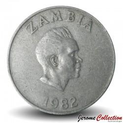 ZAMBIE - PIECE de 10 Ngwee - Calao couronné - 1982