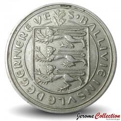 GUERNESEY (île de) - PIECE de 5 Pence - Lis rouge de Guernesey - 1968
