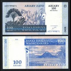 MADAGASCAR - Billet de 100 Ariary / 500 Francs - 2004