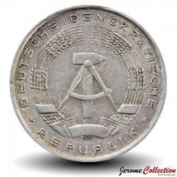 ALLEMAGNE DE L'EST / DDR / RDA - PIECE de 10 Pfennig - 1973