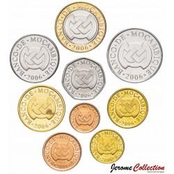 MOZAMBIQUE - SET / LOT de 9 PIÈCES - 1 5 10 20 50 Centavos 1 2 5 10 Meticais - 2006