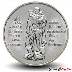 ALLEMAGNE DE L'EST / DDR / RDA - PIECE de 10 Marks - Libération du fascisme - 1985 Km#106